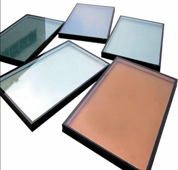 What is reflective glass and its use.